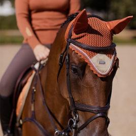 Equestrian Stockholm Bronze Gold Bonnet